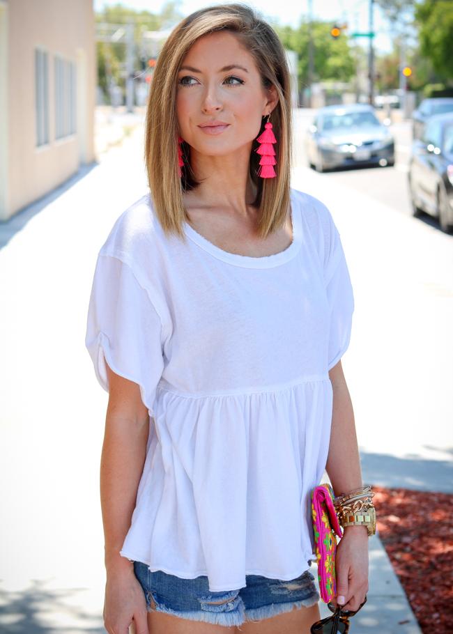 white free people tee bright pink baublebar tassel earrings