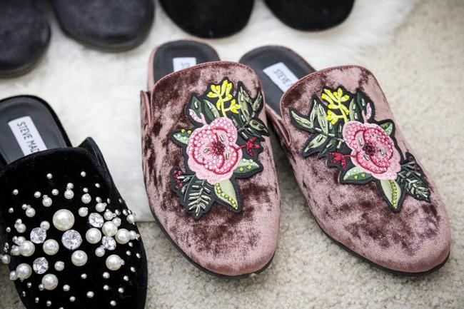 2017 nordstrom anniversary sale steve madden pink velvet mule