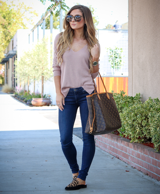 luxy hair extensions blush sweater jeans leopard loafers