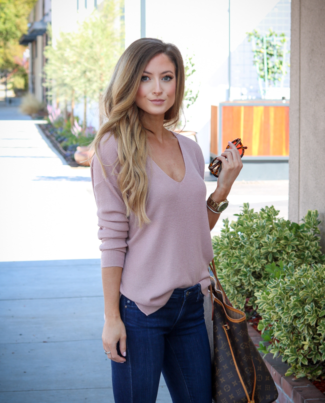 luxy hair extensions blush sweater jeans