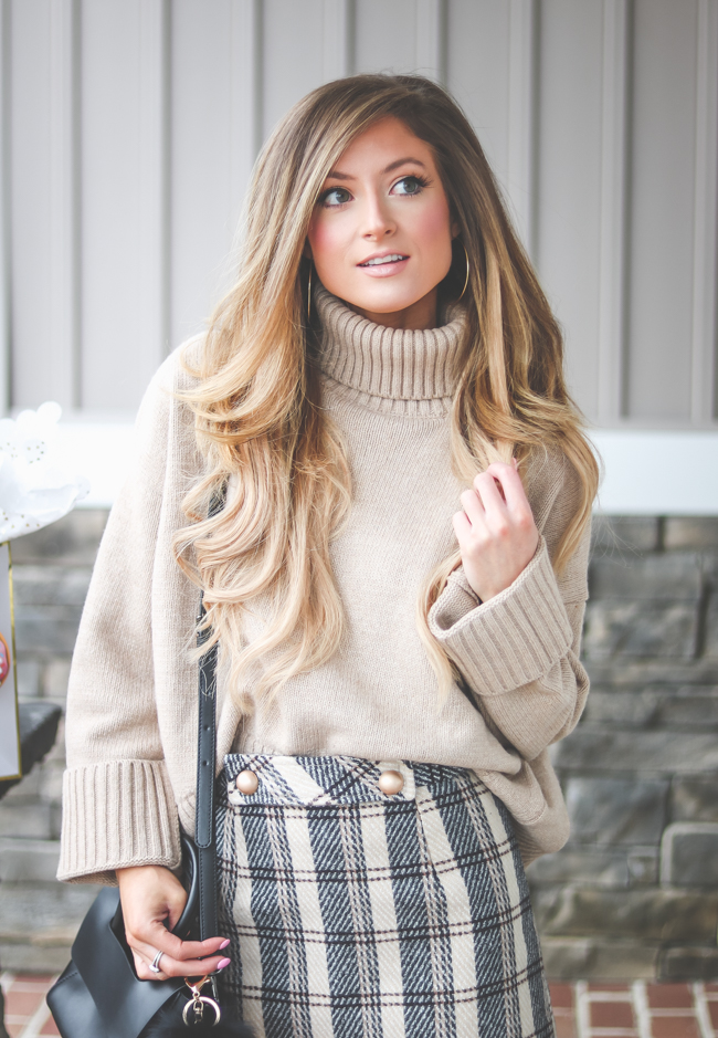 gm-plaid-skirt-turtleneck-1