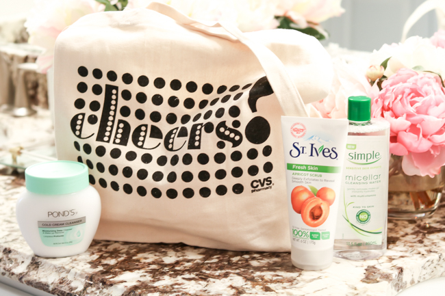 cvs reusable tote with makeup removal products