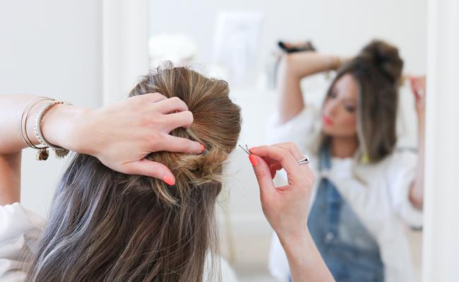 bobby pinning hair