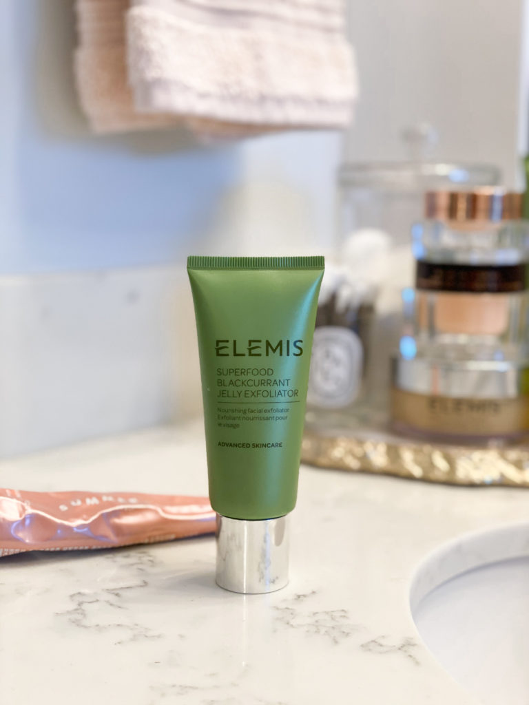 elemis superfood blackcurant jelly exfoliator