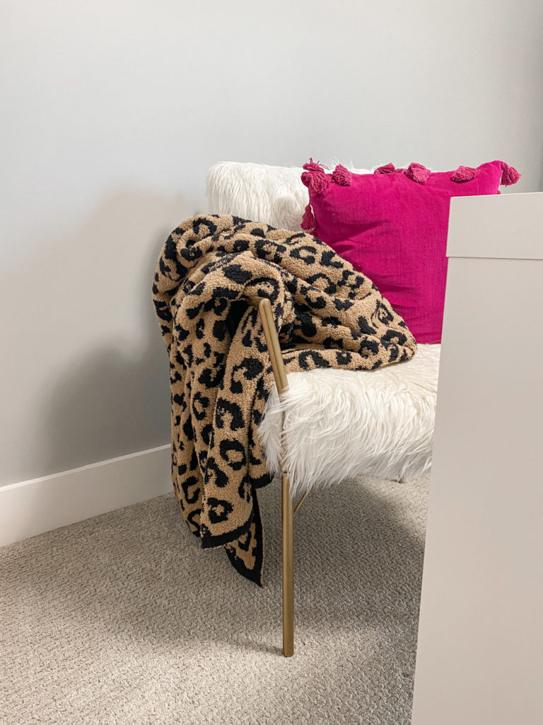 faux fur office chair with leopard barefoot dreams blanket